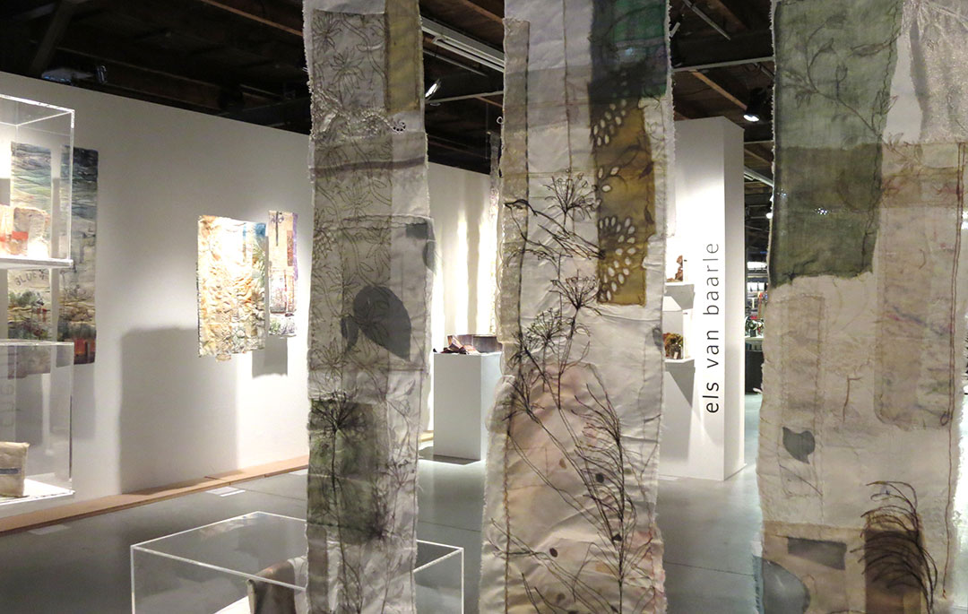 Installation Memory Cloth, Lace Museum – Cas Holmes